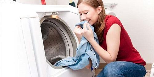 洗衣液荧光增白剂有害吗?为什么要添加荧光增白剂?